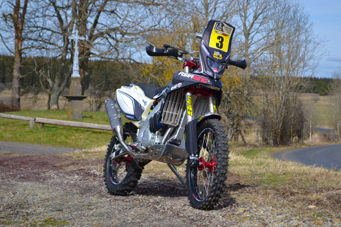 moto 450 Asaiwing version Rally Raid
