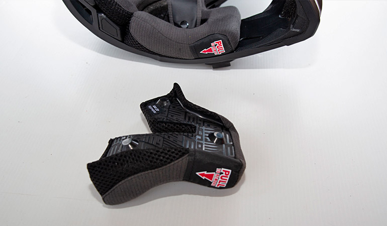 mousse casque Bell motocross 9