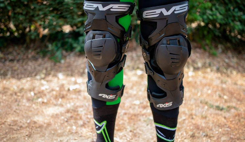 orthese evs axis sport test freenduro
