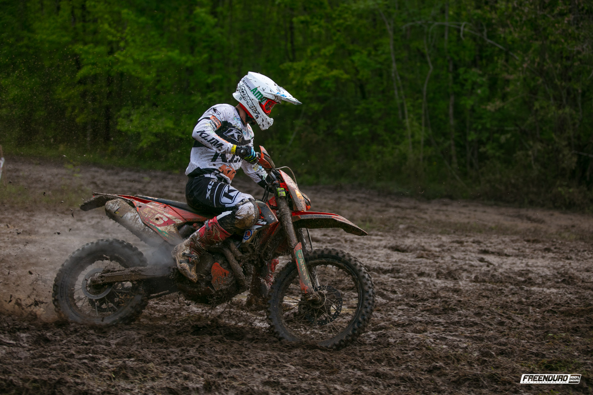 Photo enduro Hugo Blanjoue pilote KTM France à Saint-Jean-D'Angely 2019