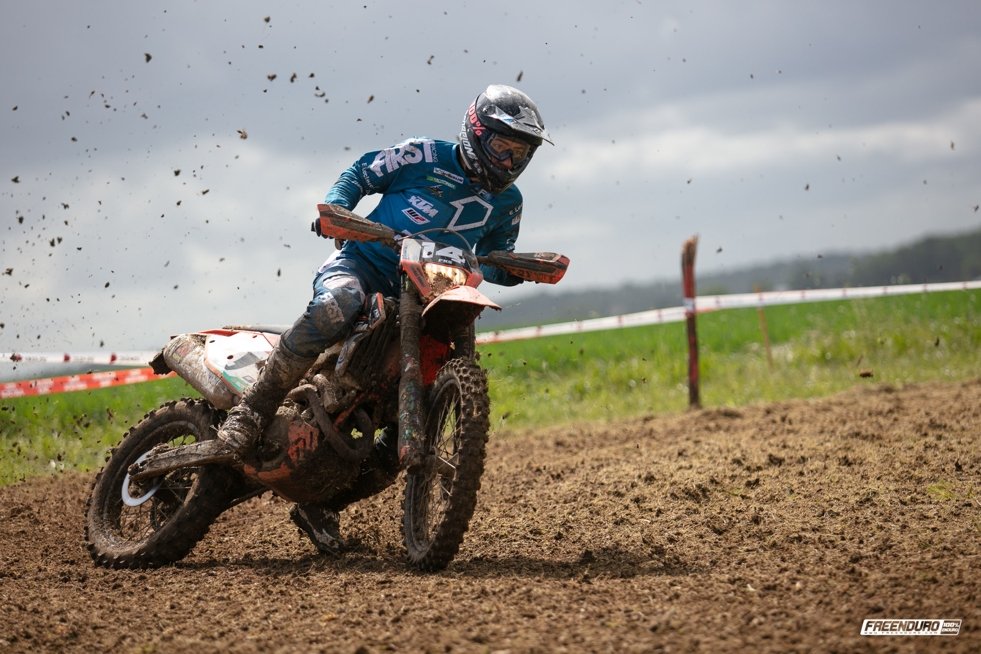 Photo enduro :Thomas Dubost pilote moto KTM enduro France